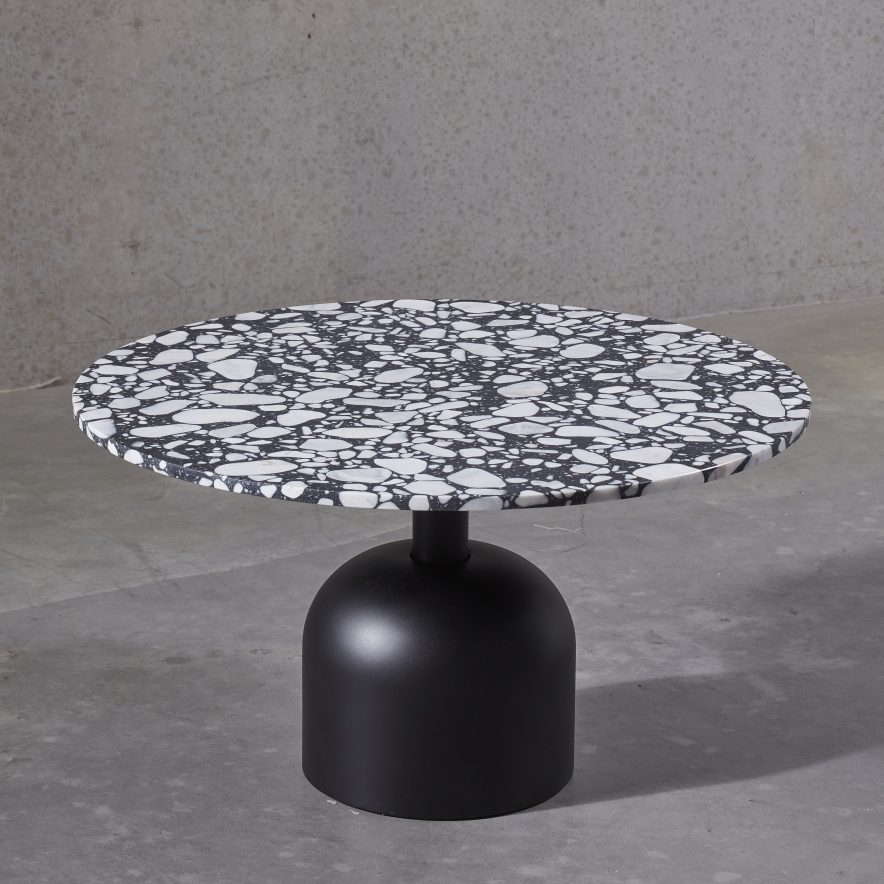Illo coffee table | Miniforms