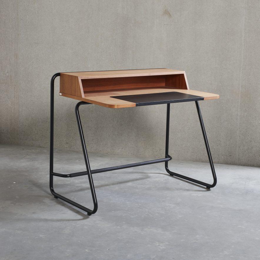S 1200 Desk | Thonet