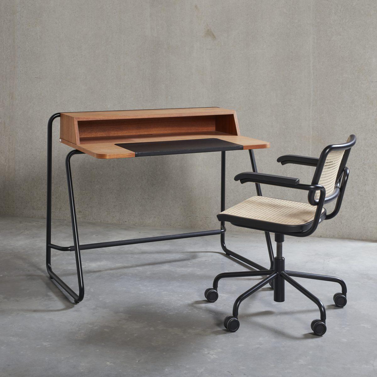 S 1200 Desk
