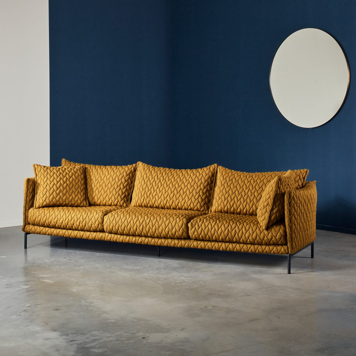 Gentry Sofa 270