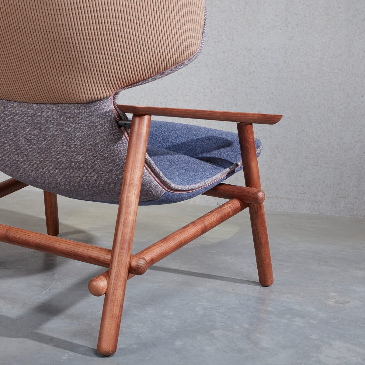 Lilo Wing Armchair