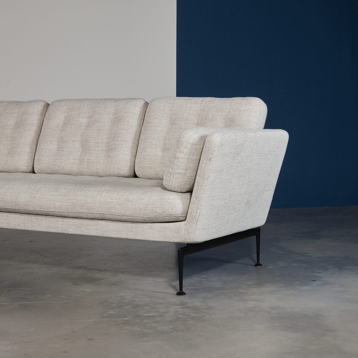 Suita Sofa